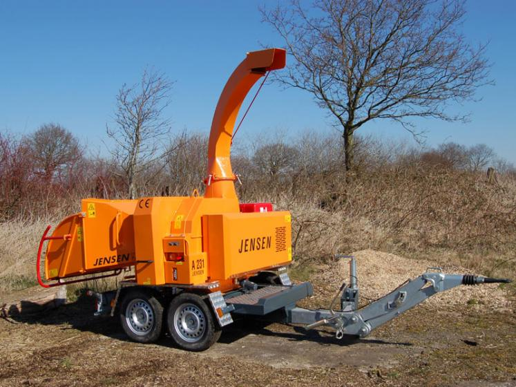 Jensen A231 Wheeled Chipper available from Dennis Barnfield Ltd, tracked chippers in Lancashire, Cumbria and the North West!