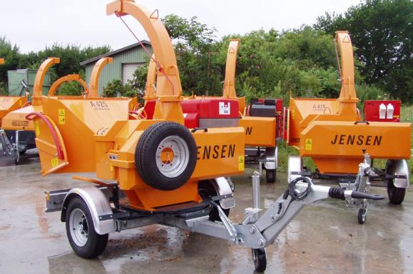Jensen A425 Tracked Chipper available from Dennis Barnfield Ltd, tracked chippers in Lancashire, Cumbria and the North West!