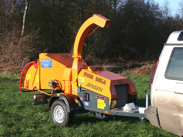 Jensen A540 Wheeled Chipper available from Dennis Barnfield Ltd, tracked chippers in Lancashire, Cumbria and the North West!