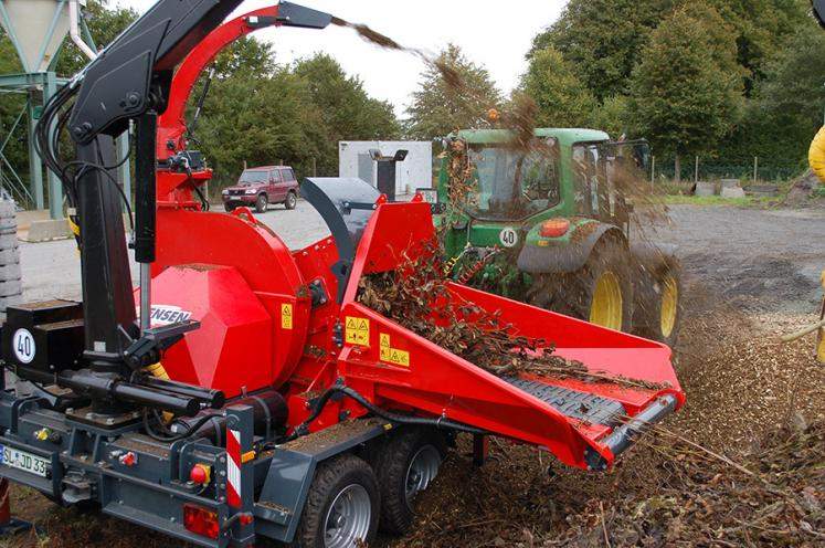 Jensen JT600 Drum Chipper available from Dennis Barnfield Ltd, tracked chippers in Lancashire, Cumbria and the North West!