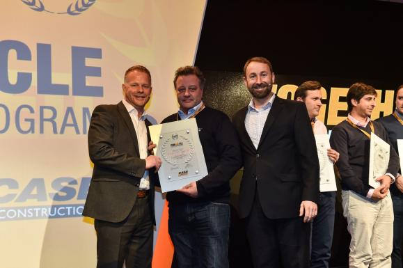 Dennis Barnfield Ltd accept their award for reaching the Adavanced stage of the CASE Dealer Standards. Their second award in as many years.