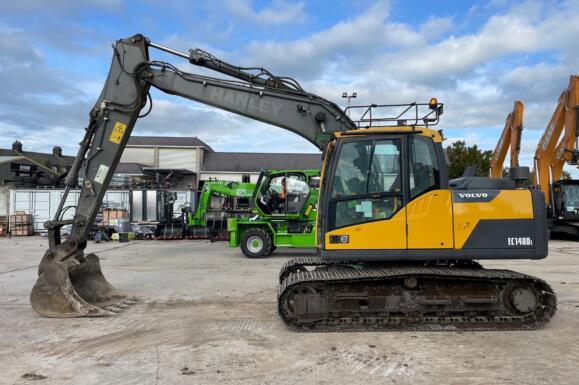 Used Volvo EC140D 13 Ton Excavator